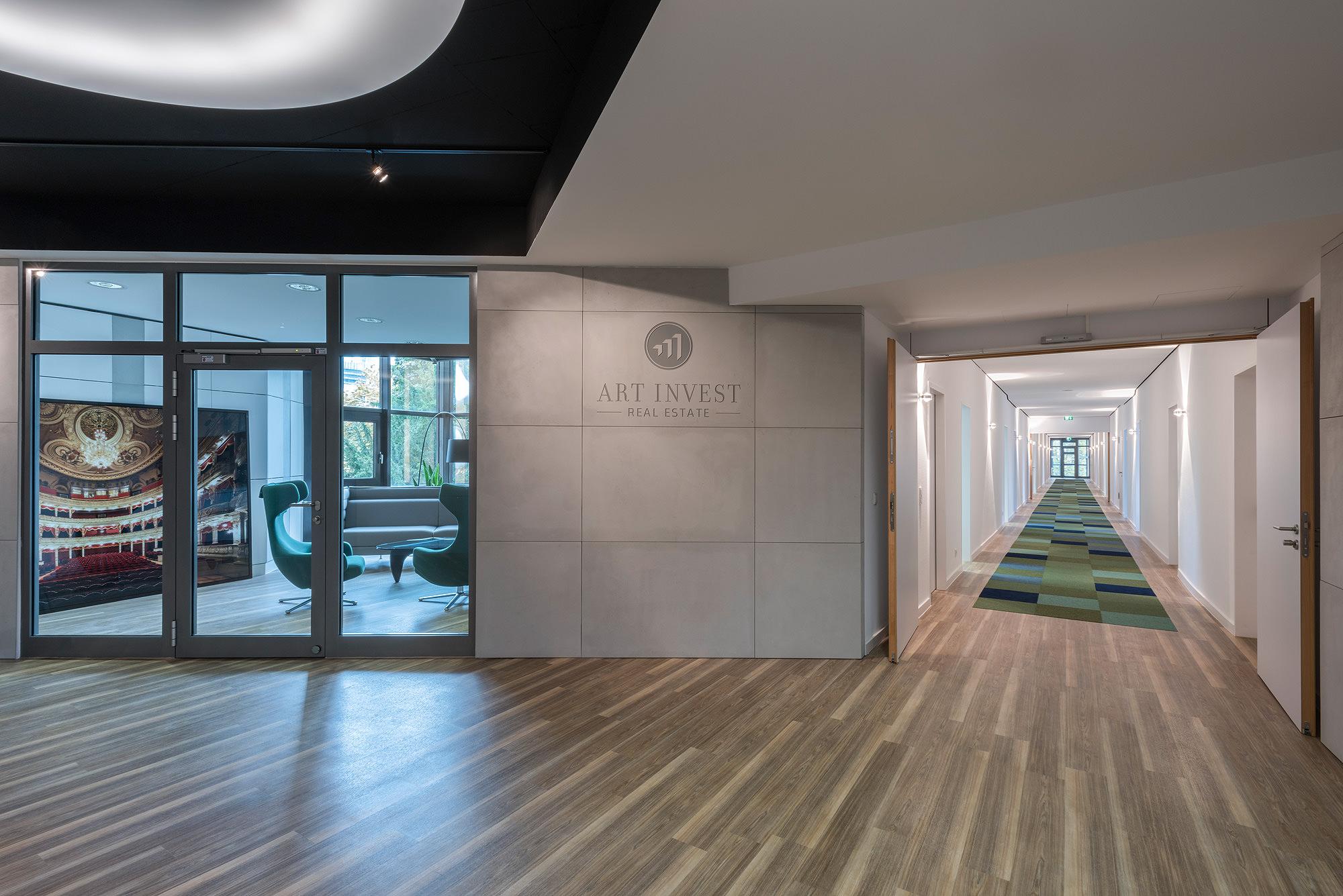 Art-Invest, Mozartplatz Frankfurt, Lobby