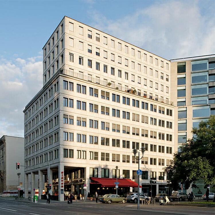 Palais Am Bundesrat Art Invest