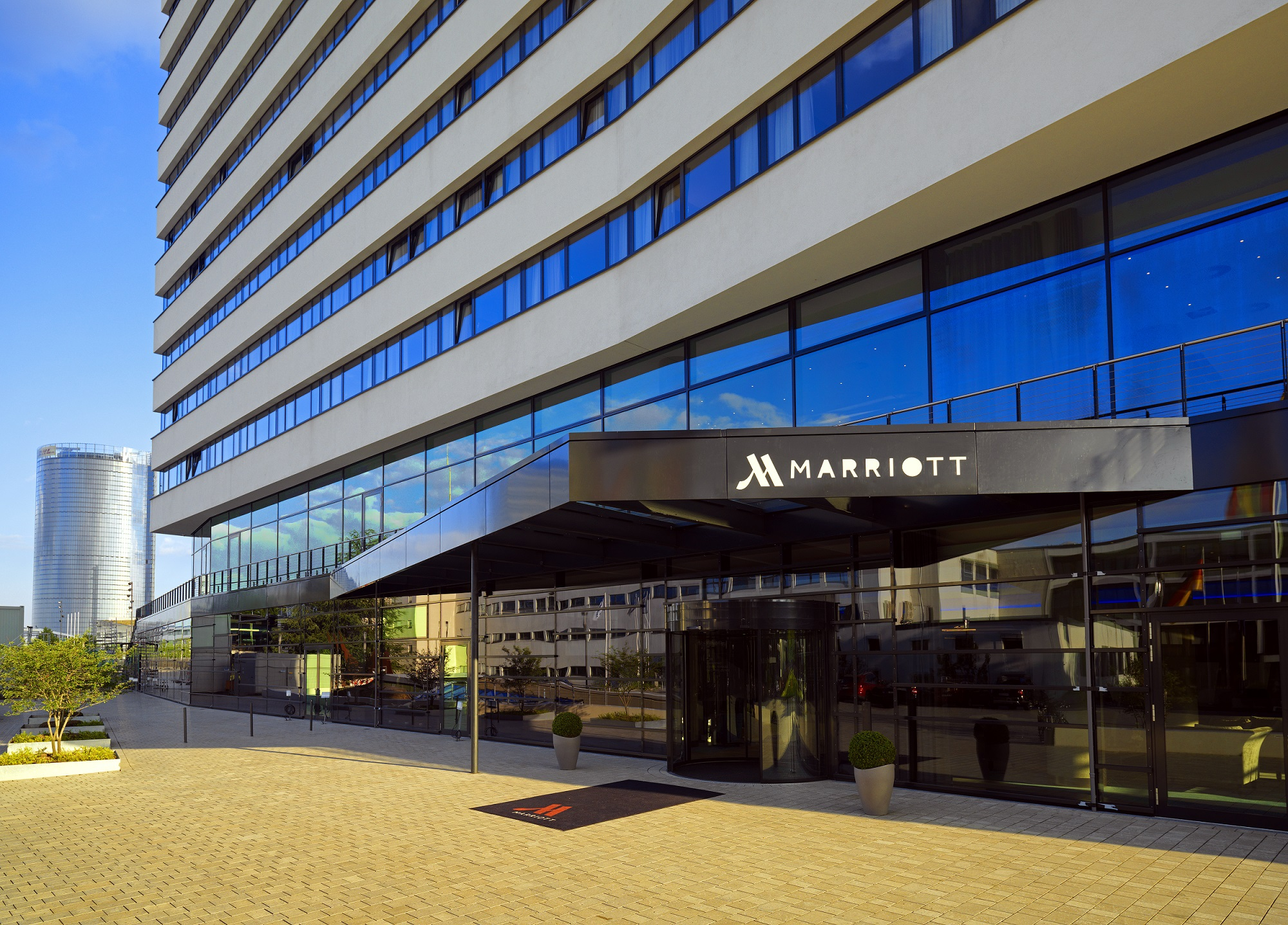 art invest hotel